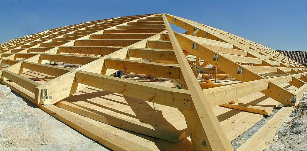 Iglesia parroquial tinajas restauraci n monumental trc - Estructura tejado madera ...